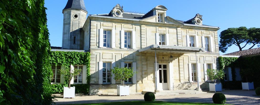 Le Château Cheval Blanc facade-Copyright Nadine Couraud
