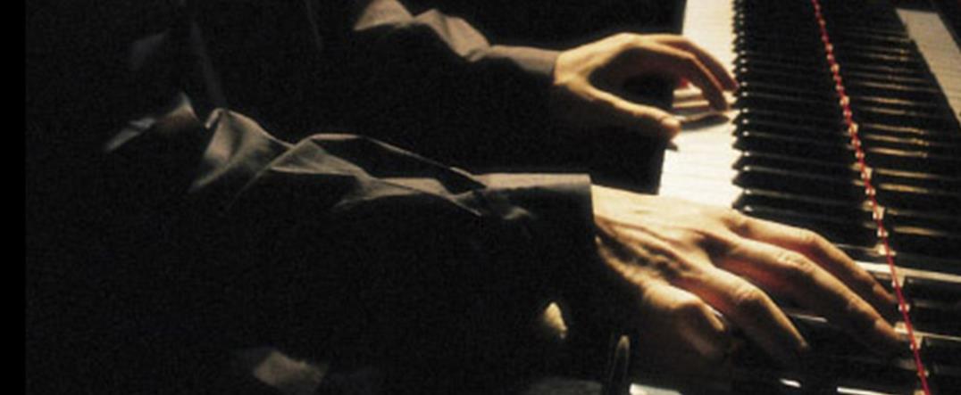 Un pianiste reconnu joue au Château Cheval Blanc, Piotr Anderszewski