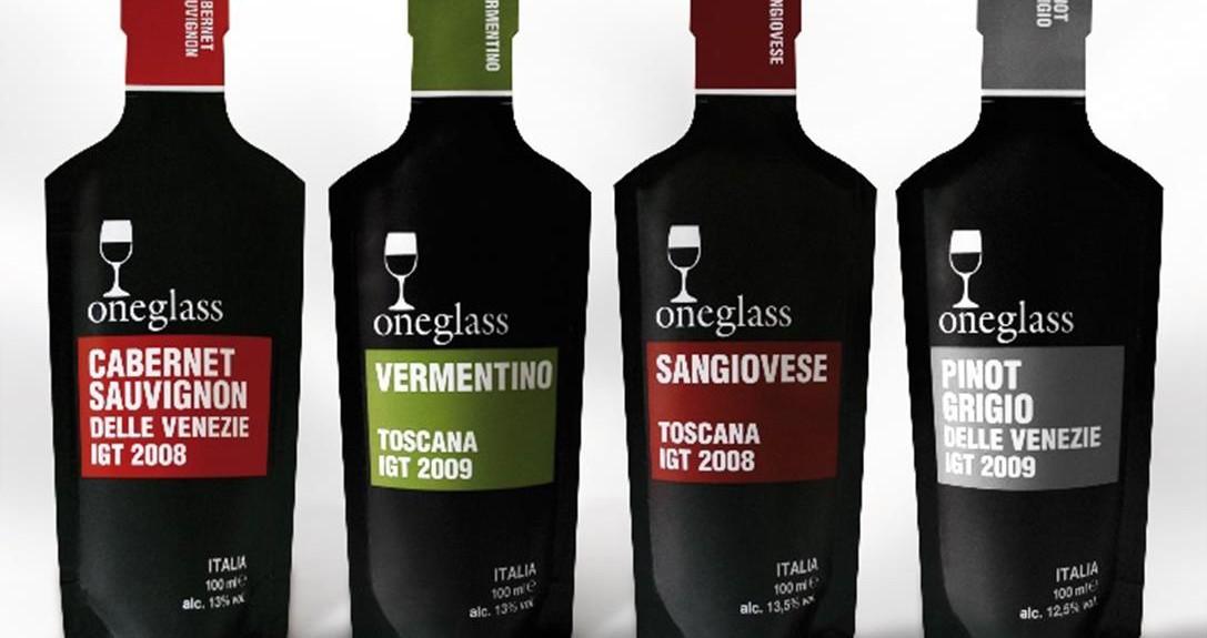 Le vin au verre revu par Oneglass