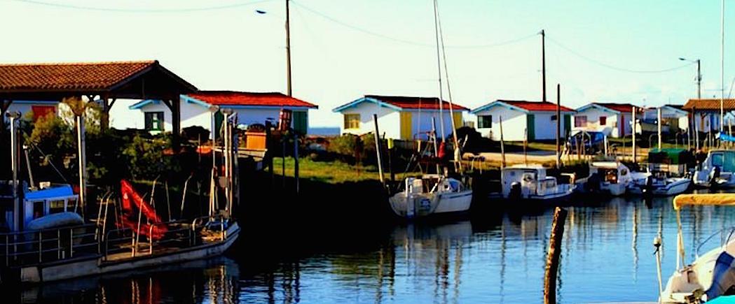cabanes en Fête au port ostréicole d'Andernos