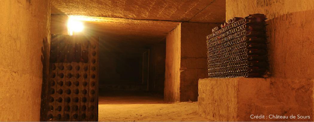 Caves dans les carrières souterraines du Château de Sours