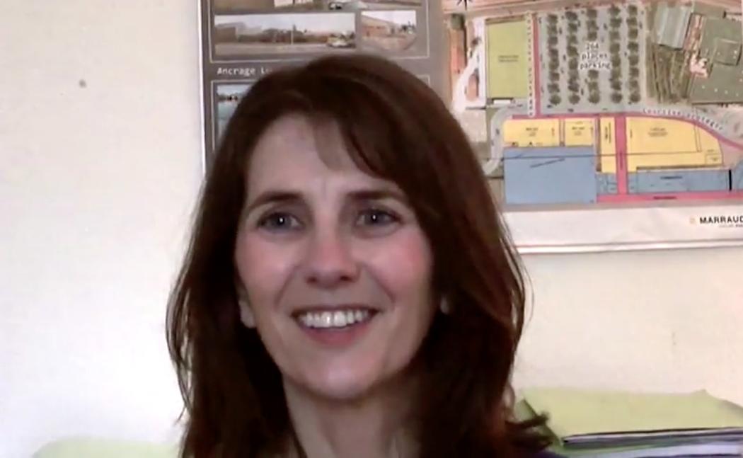 Sylvie Plomby, viticultrice au Château Le Lau